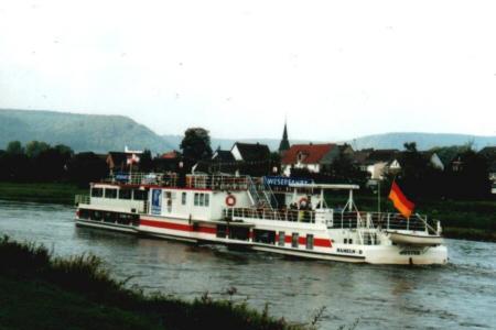 Blick auf Würgassen an der Weser