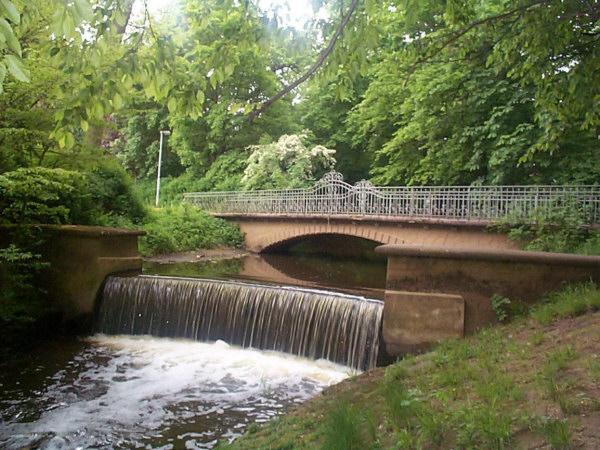 Bastaubrücke im Weserpark U.Rieger