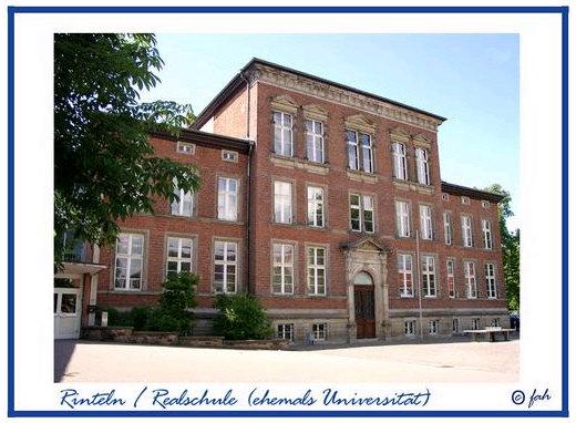 Das ehemalige Universitätsgebäude auf dem Kollegienplatz / Klosterstraße