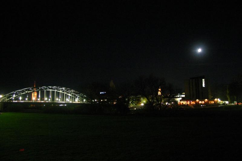 Weserbrücke Rinteln am Abend