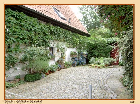 Rinteln - Idyllischer Hinterhof in der Krankenhäger Straße