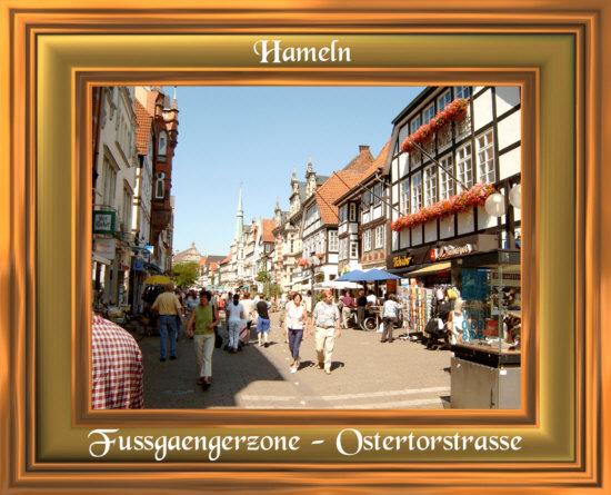 Hameln - Die Fussgängerzone an einem belebten Samstag bei wirklich schönem Wetter.