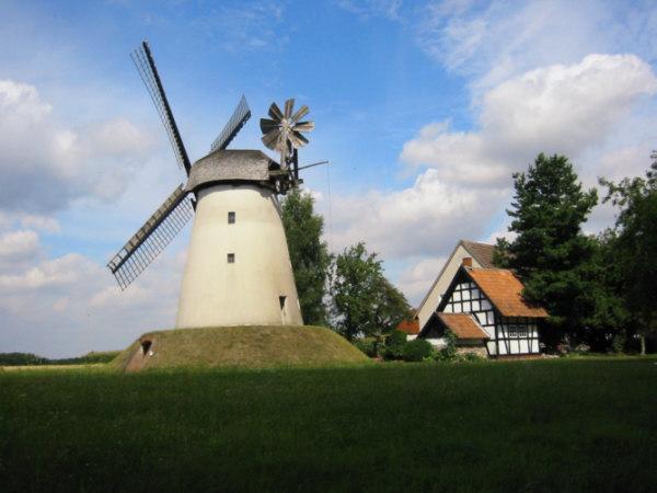 Mühle bei Minden am Radweg Günter Lampe