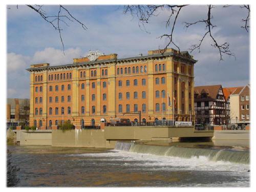 Pfortmühle am Weserwehr Hameln 2001