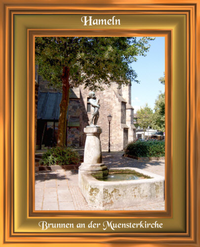 Hameln - Dieser Brunnen steht direkt an der Münsterkirche