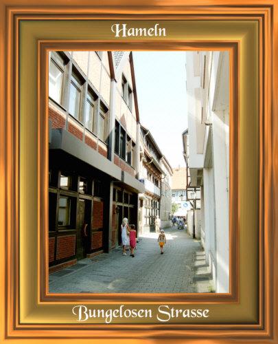 Hameln - Bungelosen Strasse , eine der zahlreichen kleinen Gassen in Hameln